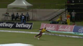 VIDEO: Fabian Allen Takes Stunning One-Handed Catch During 5th T20I Between West Indies-Australia