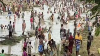 Tamil Nadu Lockdown: Villagers Flout Guidelines, Celebrate Fish Catching Festival in Sivaganga