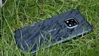 Nokia ने लॉन्च किया धांसू स्मार्टफोन, जो गिरने पर भी नहीं टूटेगा, जानिए इसके खास फीचर्स
