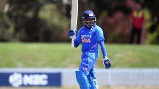 'Way he Plays is Like Sehwag' - Muralitharan Hails Prithvi Shaw