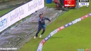 IND vs SL: Rahul Chahar ने बाउंड्री लाइन पर पकड़ा हैरतअंगेज कैच, Watch Video