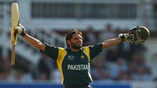 पाकिस्तान के लिए खेलना अब बहुत आसान हो गया है: Shahid Afridi