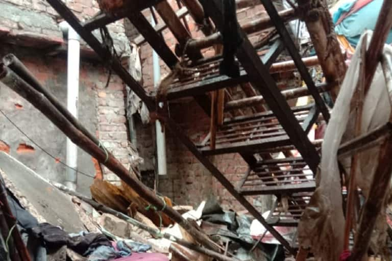 Woman Dead, Daughter Injured After Roof Of Their House Collapses Due To Rain In Delhi