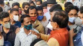 CM शिवराज सिंह चौहान ने अचानक रुकवाया काफिला, ऑटो ड्राइवर, रेहड़ी पटरी वालों से पूछा उनका हाल