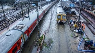 Mumbai Local Trains Latest Update: Maharashtra BJP to Hold Protest Demanding Resumption of Suburban Services For Vaccinated Passengers