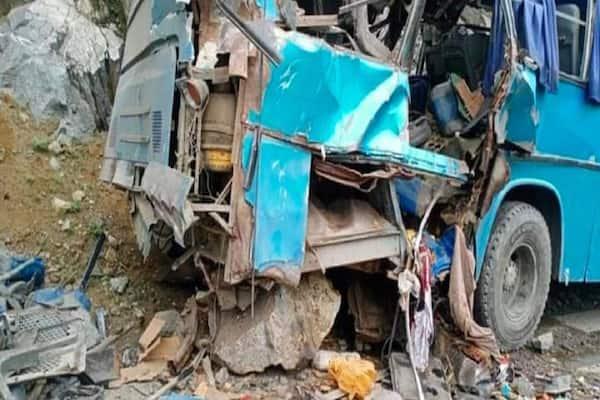 Pakistan Bus Blast: Massive IED Explosion Kills 8, Including Chinese  Engineers