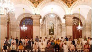 Modi Cabinet Reshuffle: मोदी मंत्रिमंडल में बड़ा फेरबदल- सिंधिया, सोनोवाल, राणे समेत 43 मंत्रियों ने ली शपथ; देखें पूरी List