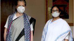 कांग्रेस अध्यक्ष सोनिया गांधी से मिलीं पश्चिम बंगाल की CM ममता बनर्जी, राहुल गांधी भी रहे मौजूद
