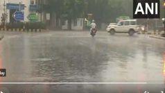Delhi Weather Update: दिल्ली में आज सुबह से मॉनसून की झमाझम बारिश जारी, मौसम हुआ सुहावना, देखें VIDEO