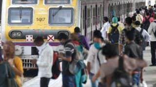 Mumbai Local Train Latest News: Govt's Decision to Allow Only Fully Vaccinated People in Local Trains Challenged in Bombay HC