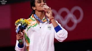 PV Sindhu Creates History With Second Successive Olympic Medal, Beats He Bingjiao to Win Bronze at Tokyo Olympics 2020
