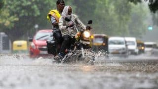 Delhi Traffic Alert: दिल्ली में भारी बारिश से कई जगहों पर जलजमाव, यातायात प्रभावित- इन रास्तों से बचने की सलाह