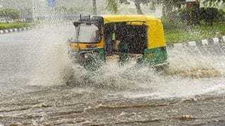 Delhi Rains: Waterlogging Leads to Traffic Snarls in Vikas Marg, Dhaula Kuan; Mercury 6 Notches Below Normal