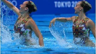 Israeli Swimmers Perform to Madhuri Dixit's 'Aaja Nachle' at Tokyo Olympics, Desi Twitter is Delighted | Watch