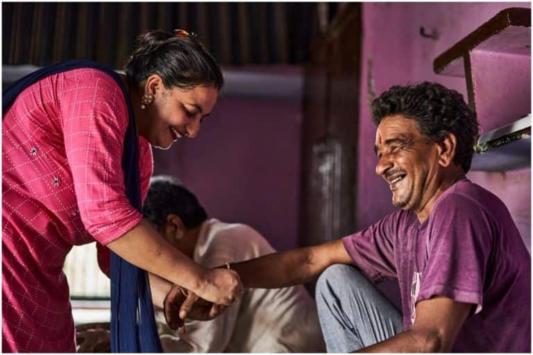 Raksha Bandhan 2021: Wishes, Greetings, Images, SMS, Quotes And Whatsapp Messages That You Can Share With Your Siblings