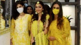 Rhea Chakraborty Attends Rumi Jaffery's Daughter's Mehendi Ceremony With Krystle D'Souza, Fans Say 'Happy to See Rhea'