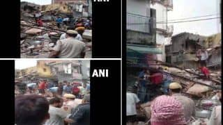 Delhi: दिल्ली में सब्जी मंडी इलाके में 4 मंजिला बिल्डिंग ढह गई, अब तक तीन लोगों को बचाया गया