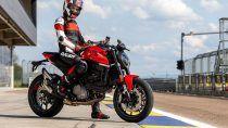 Ducati Monster Bike on Road Price: डुकाटी ने भारत में लॉन्च की दमदार 'मॉन्स्टर' बाइक, कीमत जानकर उड़ जाएंगे होश