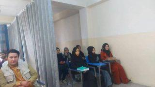 तालिबान का नया फरमान, यूनिवर्सिटी में बिना पुरुषों की मौजूदगी वाली कक्षाओं में पढ़ाई जारी रख सकती हैं महिलाएं