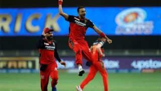 IPL 2021: इस बार आईपीएल में खूब विकेट चटका रहे हैं Harshal Patel, T20 World Cup में चयन न होने पर कही यह बात