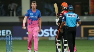 सुनील गावस्कर ने कहा- फॉलोअर्स बढ़ाने के लिए खेलती है राजस्थान तो क्रिस मॉरिस ने दिया ये जवाब