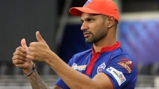 IPL 2021, Orange Cap and Purple Cap Holder List: Shikhar Dhawan ने जमाया 'ऑरेंज कैप' पर कब्जा, जानिए 'पर्पल कैप' पर किस गेंदबाज का कब्जा?