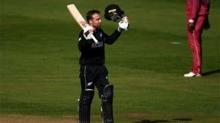 PAK vs NZ: न्यूजीलैंड को झटका विकेटकीपर Tom Blundell चोटिल होकर बाहर, Daryl Mitchell को मौका