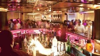 Maharashtra Lockdown Update: कोरोना नियमों के उल्लंघन पर नवी मुंबई के तीन बार पर 50-50 हजार रुपये का जुर्माना