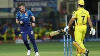 IPL 2021, CSK vs MI: MS Dhoni 5वीं गेंद पर OUT, टीम के खाते में जोड़े महज 3 रन