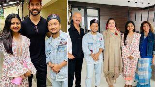 Indian Idol 12's Pawandeep Rajan-Arunita Kanjilal Get a Gold Chain, Goddess Laxmi Coins From Hrithik Roshan's Parents