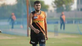 IPL 2021: Net Bowler Umran Malik Joins Sunrisers Hyderabad as Short-Term COVID-19 Replacement For T Natarajan