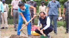 मध्य प्रदेश में भारतीय महिला हॉकी टीम सम्मानित, सीएम के साथ खिलाड़ियों ने पौधे भी रोपे