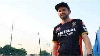 IPL 2021: RCB Coach Mike Hesson Reckons Virat Kohli's Captaincy Call Had 'Nothing to do' With Loss vs KKR