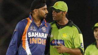 T20 WC: Shoaib Akhtar Trolls Harbhajan Singh After Pakistan Beat Virat Kohli's India in Dubai