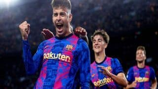 Gerard Pique Turns Striker to Keep Barcelona Champions League Hopes Alive