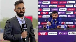 Dinesh Karthik Loves Virat Kohli's Reaction Towards Journalist For Asking Question on Rohit Sharma After Pakistan Hammer India in T20 WC