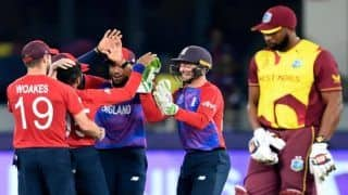 T20 World Cup, England vs West Indies: ना क्रिस गेल चले, ना आंद्रे रसेल; 55 रन पर ढेर हुए वेस्टइंडीज