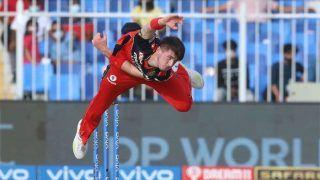 IPL 2021- RCB vs PBKS: RCB के तेज गेंदबाज ने बताया, पंजाब के खिलाफ किस खिलाड़ी ने पलटा मैच