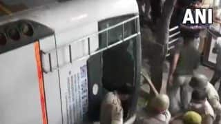 One Killed, Several Injured as Bus Falls From Flyover in UP's Ghaziabad