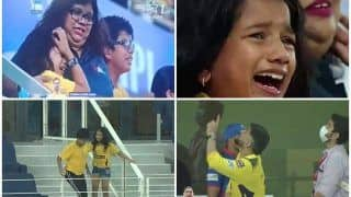 IPL 2021: Thala MS Dhoni Gifts Signed Ball to Emotional CSK Fan, Heartwarming Video Goes Viral | WATCH