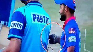 IPL 2021, DC vs KKR: Rishabh Pant ने किया अंपायर के साथ 'प्रैंक', सोशल मीडिया पर Video वायरल