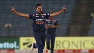 'Shardul Instead of Bhuvi' - Aakash Chopra Suggests India's Playing 11 vs Pakistan