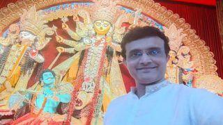 Durga Puja 2021: Sourav Ganguly Spotted at Neighbourhood Pandal on Maha Ashtami, Says No Biriyani This Year