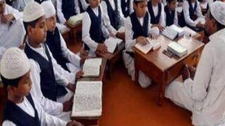 UP Madarsa News: यूपी के मदरसों में अब इन विषयों की भी होगी पढ़ाई, सरकार ने किया अनिवार्य...