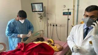 BJP MP Manoj Tiwari Injured While Protesting Outside Kejriwal's House, Rushed to Safdarjung Hospital