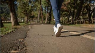 From Healthy Heart To Strengthening Muscles, Check Out These Benefits of Brisk Walking