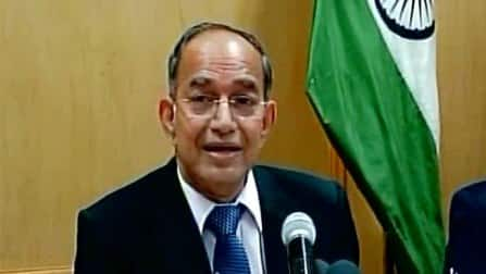 CEC VS Sampath denies any differences with Election Commission