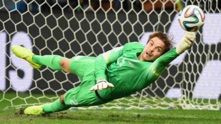 Super-sub keeper Tim Krul puts Netherlands into semis