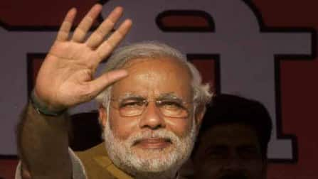 Narendra Modi takes casteist remarks fight to Election Commission