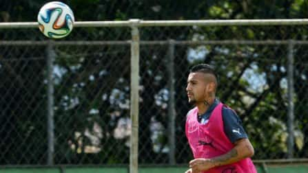 Arturo Vidal gives Chile boost ahead of Aussie opener